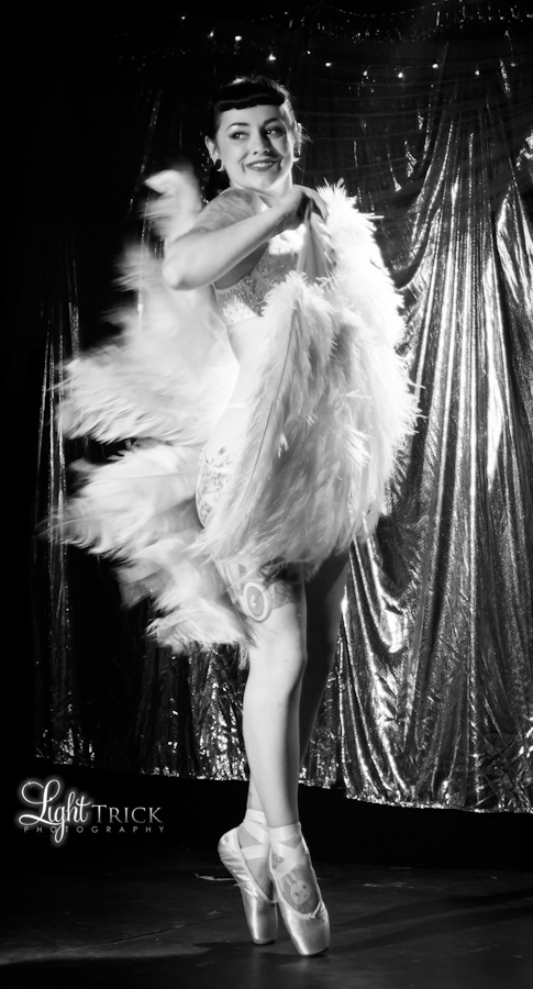 Chantilly Lace performing burlesque, fan dance in ballet shoes