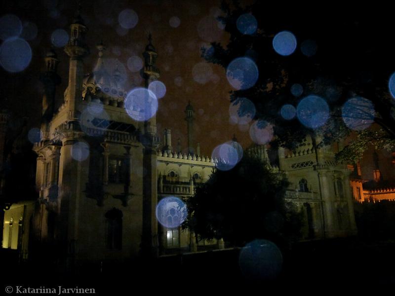 Royal Pavilion Brighton, mist, flash, mobile phone camera, lens flare
