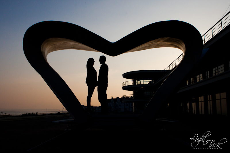 engaged couple in a big heart, The De La Warr Pavilion, Bexhill
